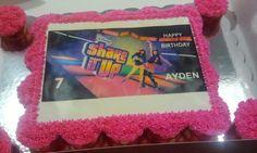 Shake it up pull apart cupcakes. Ayden's Shake It Up cake!