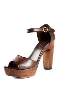 Charles by Charles David Laura Sandal
