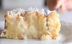 cake with a rich coconut base and grated coconut topping.A cake with a rich coconut base and grated coconut topping. Food Cakes, Cupcake Cakes, Cupcakes, Cupcake Frosting, Cake Recipes, Dessert Recipes, Snacks Recipes, Coconut Recipes, Coconut Desserts