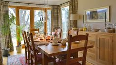 4 Star Gold luxury B&B accommodation in Aberfeldy. Relax in Brae House's spacious en suite guest rooms and wake up to a delicious breakfast - book direct! Best B, Luxury Accommodation, House Beds, Bed And Breakfast, Table And Chairs, All Over The World, Guest Room, Relax, Scotland
