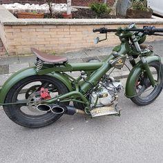 Honda Cub, Bobber Bikes, Mopeds, Vintage Bikes, Custom Bikes, Bmx, Motorbikes, Wheels, Bicycle