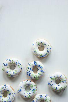 Cardamom Spice Baked Doughnuts #delightfuldesserts