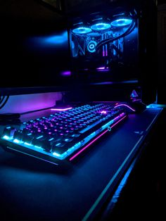 Building A Gaming Pc 418060777911611083 - Getting ready for Cyberpunk 2077 Source by bestgamesetups Best Gaming Setup, Gamer Setup, Gaming Room Setup, Pc Setup, Cool Gaming Setups, Computer Gaming Room, Computer Setup, Cyberpunk 2077, Gamer Room