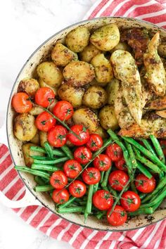 This pesto chicken bake is an easy, one pan, oven baked, family dinner. Its also dairy free and gluten free and packed with two portions of colourful vegetables.<br> This pesto chicken bake Healthy Eating Recipes, Vegetarian Recipes, Cooking Recipes, Batch Cooking, Healthy Meals, Cooking Tips, Yummy Chicken Recipes, Delicious Dinner Recipes, Baked Pesto Chicken