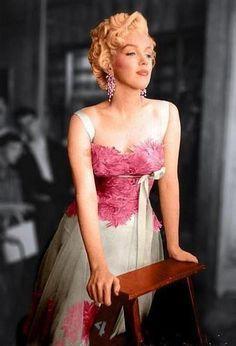 ❥ Marilyn in Pink
