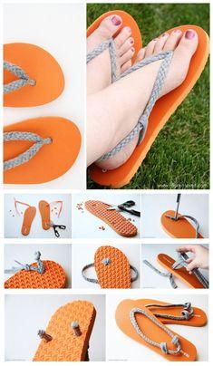 Reciclar zapatos siempre me gusta … joybobo: diy: flip-flop refashion. I always like to recycle shoes Crochet Sandals, Crochet Shoes, Crochet Slippers, Sewing Slippers, Flip Flops Diy, Flip Flop Craft, Decorate Flip Flops, Crochet Flip Flops, Diy Tresses