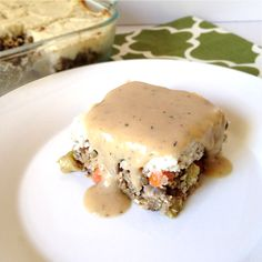 Lentil Loaf with Creamy Cauliflower Mash and Gravy (vegan) via @pumpkinandpb