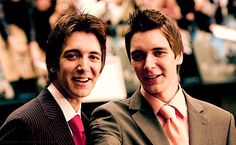 twins=james amd oliver phelps