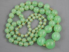 Vintage Art Deco Hand Knotted Green Apple Vaseline Glass Bead Necklace Graduated