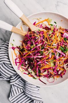Low Carb Recipes To The Prism Weight Reduction Program This Apple Cider Vinegar Slaw Is An Autumn Whole Foods Recipe Nutritional Powerhouse, Packed With Vitamins An And C. This Autumn Coleslaw Is An Easy, Fast, And Versatile Real Food Recipe. Oil And Vinegar Coleslaw, Apple Cider Vinegar Coleslaw, Apple Vinegar, Apple Recipes, Fall Recipes, Low Carb Recipes, Whole Food Recipes, Paleo Coleslaw, Healthy Coleslaw Recipes