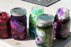 Tie Dye in a Jar (the results are amazing! I'm thinking less messy for kids as well)