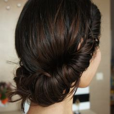 cute low roll updo This is a very simple look, put hair elastic around crown and roll hair up and twist up and tuck hair into headband. Tuck sides of hair in headband and adjust as needed Elegant Hairstyles, Bride Hairstyles, Pretty Hairstyles, Hairstyle Ideas, Bridesmaid Hairstyles, Love Hair, Great Hair, Gorgeous Hair, Beautiful Buns