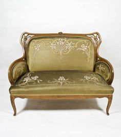 Chill out at home with your favourite book (Sofa, Louis Majorelle, Art Nouveau, 1901- 1926 (MNAD's collection))