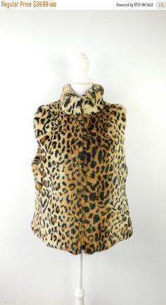 d160e24c7a0d3 Vintage 1980s Reversible Faux Fur Cheetah Spot Print Brown Black Pockets  Winter Ski Zip Up Vest Outerwear Sz Large