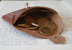 Leather credit card purse by OliveWoodJewellery on Etsy