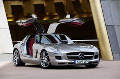 Mercedes Benz SLS AMG GT Coupé
