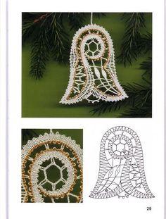 Christmas Tree Decorations, Christmas Ornaments, Romanian Lace, Bobbin Lacemaking, Bobbin Lace Patterns, Lace Making, Christmas Jewelry, String Art, Winter Christmas