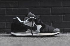 Nike Air Berwuda Black White