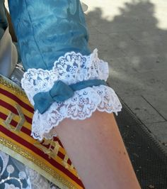 Three-quarter Length Blue Sleeve with White Lace & Blue Bow ....