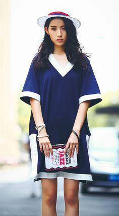 Fashiontroy Minimalism mid sleeved V-neck pink navy blue side slit two-tone linen blend mini dress