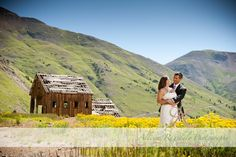 Scenic Durango Wedding Photo | Shirleen and Troys Silverpick Lodge Wedding by Allison Ragsdale Photography