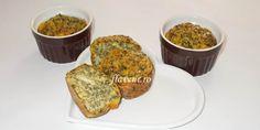 SUFLEU DE BRÂNZĂ CU SPANAC Baby Food Recipes, Muffin, Breakfast, Bebe, Recipes For Baby Food, Morning Coffee, Muffins, Cupcakes