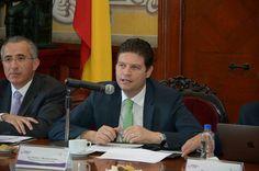 Durante sesión ordinaria del Cabildo de Morelia, celebrada este jueves, fue aprobado un Punto de Acuerdo para realizar la Evaluación a todos los Enlaces que suministran información tanto al Portal ...