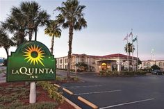 Book La Quinta Inn Orlando International Drive North, Orlando on TripAdvisor: See 709 traveler reviews, 176 candid photos, and great deals for La Quinta Inn Orlando International Drive North, ranked #154 of 334 hotels in Orlando and rated 4 of 5 at TripAdvisor.
