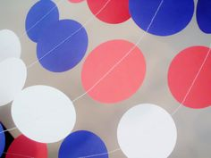 """Patriotic paper garland 2"""" circle paper garland 4th of July, red white and blue,america, americana decor, birthday decoration paper garland"""
