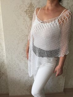 Crochet Scarves, Crochet Clothes, Creative Embroidery, Cardigan Outfits, Crochet Art, Knitted Poncho, Hand Knitting, Summer Outfits, White Cotton