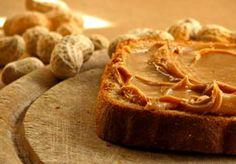 Image: Peanut butter sandwich (© Elke Dennis/Getty Images)