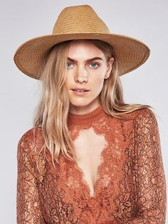 Maritza Veer || FP Free People Secret Origins Pieced Lace Tunic (Rust)