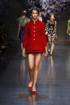 dolce-and-gabbana-ss-2014-women-fashion-show-runway-69-zoom