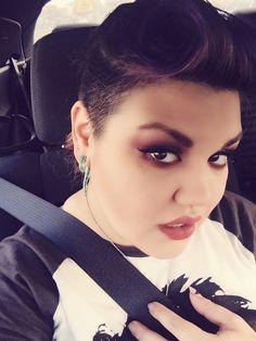 Long Mohawk, round face, limecrime Venus palette makeup and Riot lips #ferocitymakeup