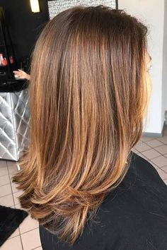 Top 30 Golden Brown Hair Color Ideas - Hairstyles For All Brown Hair Balayage, Brown Blonde Hair, Brown Hair With Highlights, Brunette Hair, Carmel Brown Hair, Gold Brown Hair, Golden Brunette, Brown Hair Shades, Brown Hair Colors