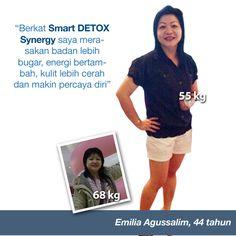 Berkat Smart Detox Synergy saya merasakan badan lebih bugar, energi bertambah, kullit lebih cerah dan makin percaya diri - Emilia Agussalim (44 Tahun)