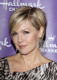 Short Haircuts Women Blonde Straight Pixie 2014-Short-Haircuts-