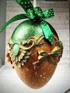 Christmas Balls, Christmas Ornaments, Mix Media, Easter Eggs, Decoupage, Holiday Decor, Handmade, Diy, Crafts