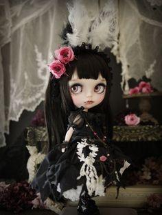 Black rabbit - custom blythe by Milk Tea