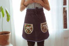 Image of Delantal falda azul con topos