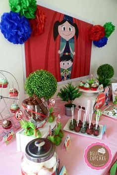 "Cupcakes ""El mundo de Luna"" Cute Birthday Ideas, Baby Birthday, Birthday Parties, Cake Show, Festa Party, Daughter Of God, Cupcakes, Childrens Party, Party Printables"