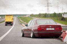 BMW E32 7 series burgundy slammed