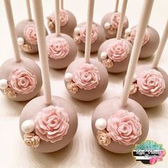 Cake Pops for a 🎀 - Catering Ideen - Best Cake Recipes Flower Cake Pops, Pink Cake Pops, Wedding Cake Pops, Wedding Cakes, Wedding Favors, Party Favors, Design Mignon, Cake Pop Designs, Catering