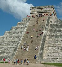 El Castillo in Mexico (fascinating!)