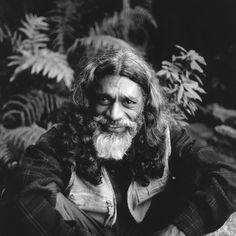 Edwin Joseph, Painter, Kodaikanal, India _EddyThe-Artist(HR).jpg