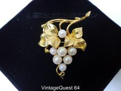 Vintage Lisner Pearl Bead Grape Cluster Brooch Gold Tone (BP708) | eBay