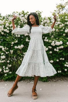 Pretty Dresses, Beautiful Dresses, Simple Dresses, Modest Dresses Casual, Modest Clothing, Formal Dresses, Mode Simple, Tea Length Dresses, Dresses With Sleeves