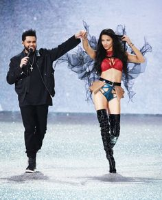 Adriana Lima at 2016 Victoria's Secret fashion show in Paris. #vsfashionshow #victoriassecret #vsangel #lingerie #runway #fabfashionfix #adrianalima