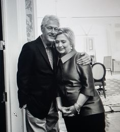 Bill & Hillary in Las Vegas before her Victory speech wining the NV Caucus - Feb 2016 American Presidents, Us Presidents, Barack Obama, Chelsea Clinton Wedding, William Jefferson, Bill And Hillary Clinton, Bush Family, Former President, My Heart Is Breaking