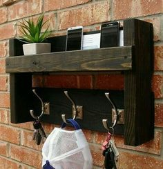 Rustic Mail Organizer Shelf with Magazine Rack and Coat Hooks Rustic Entryway Foyer 3 Hanger Hook Coat Rack + Mail Holder Phone Key Organizer Wooden Projects, Pallet Projects, Home Projects, Woodworking Projects, Diy Pallet, Teds Woodworking, Craft Projects, Rustic Entryway, Entryway Decor